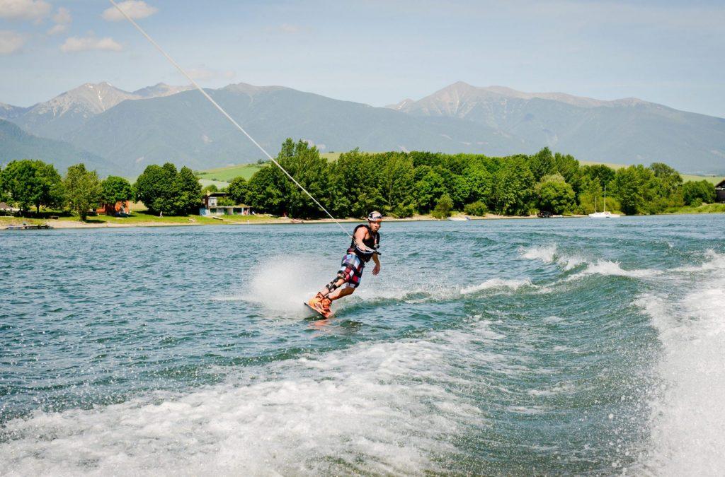 kneeboard pozicovna vodne sporty liptovska mara